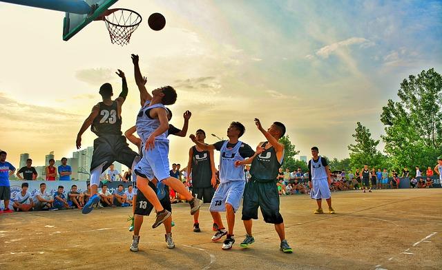 školní  basketball