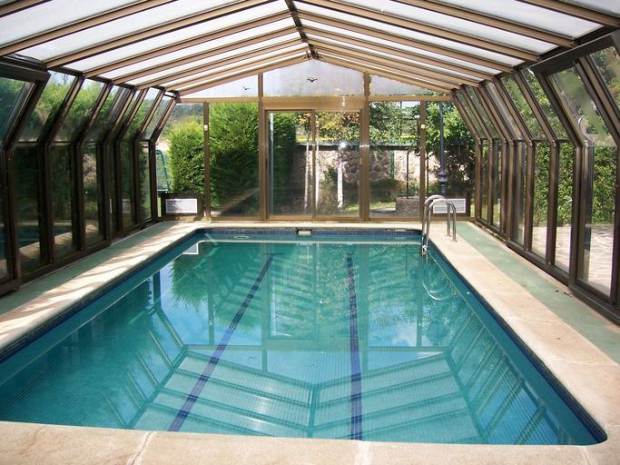 krytý domácí bazén.jpg